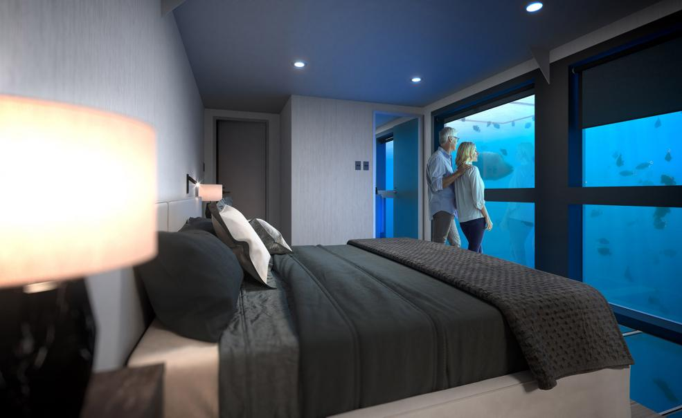 Reefsuite 1 Night Stay (from Port of Airlie), Airlie Beach